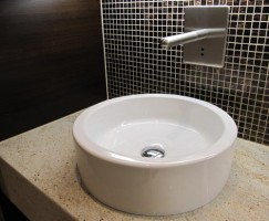 individuelle badgestaltung mit wohlf hlgarantie. Black Bedroom Furniture Sets. Home Design Ideas
