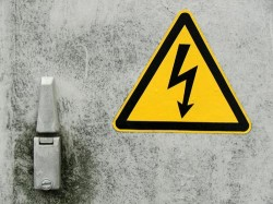 Elektro-Arbeiten sicher und fachgerecht ausführen, Kabel und Leitungen erneuern