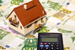 Auch für den schlimmsten Fall gerüstet sein – mit Hausrat- und Haftpflichtversicherung