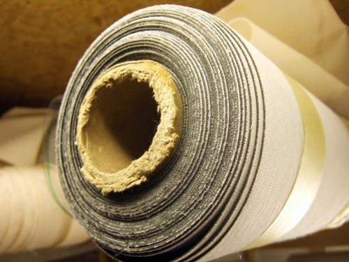 Von Raufaser bis Glasgewebe: Die verschiedenen Tapetenarten und was bei ihrer Verwendung zu beachten ist